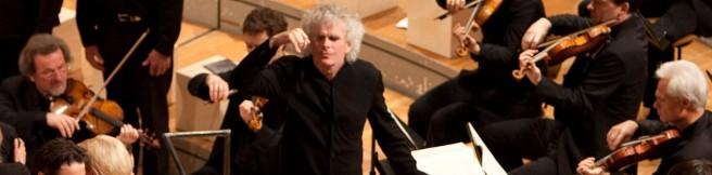 Pasja wg św. Mateusza Petera Sellarsa i Simona Rattle'a w Filharmonii Berlińskiej to jeden z najlepszych koncertów minionych lat