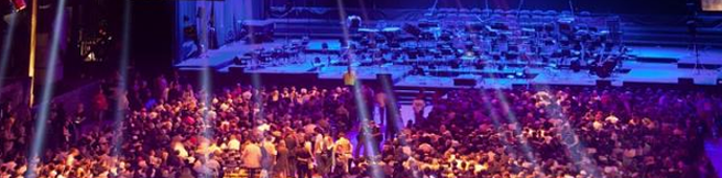 Brak kultury w kulturze? Koncert symfoniczny z towarzyszeniem zapachu zapiekanki, hot-dogów i piwa